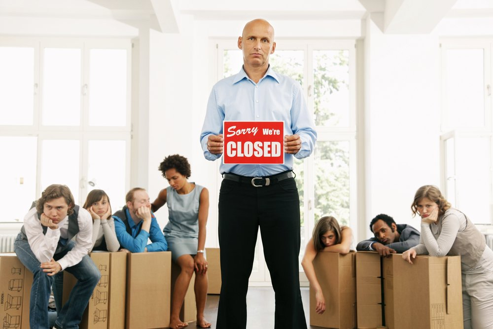 Associate Dentists Face Risks When Their Employer Closes Business Part 1